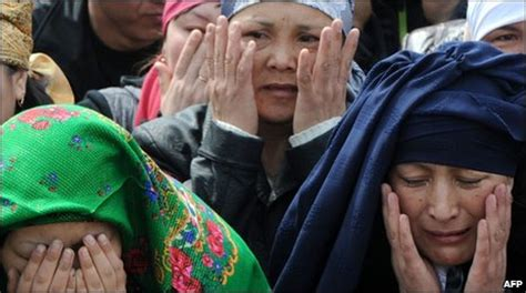 BBC News - Protests and bloodshed in Bishkek